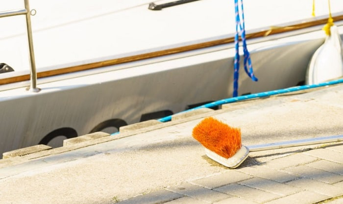 best-boat-deck-brush