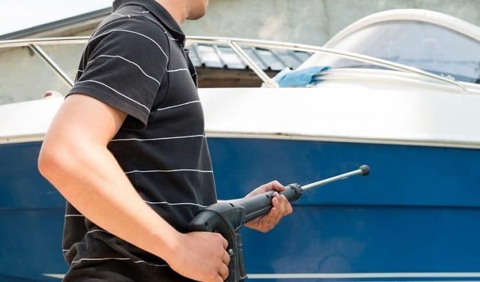 best-fiberglass-boat-hull-cleaner