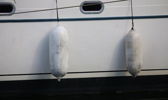 pontoon-boat-bumpers