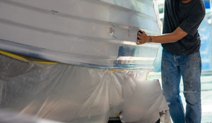 painting-an-aluminum-boat