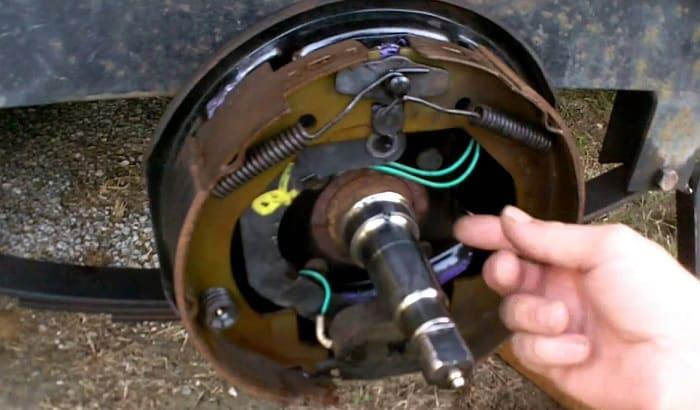 boat-trailer-brakes