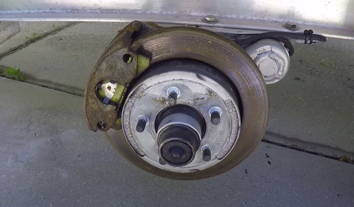 boat-trailers-with-brakes