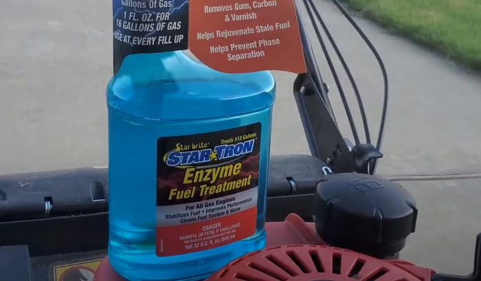 fuel-stabilizer-for-boats