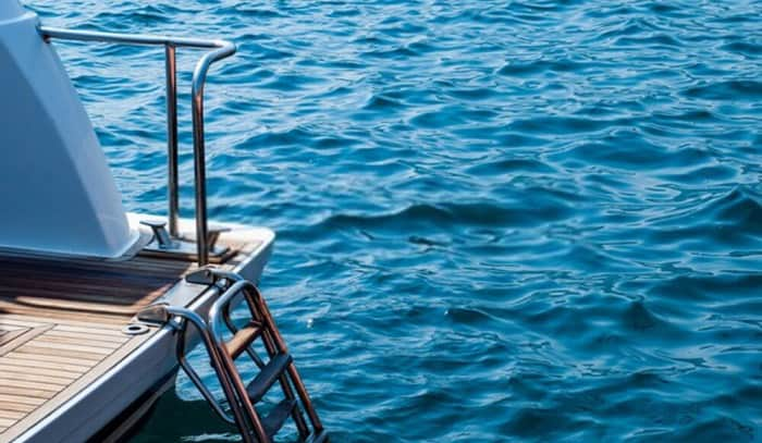 boat-swim-ladder