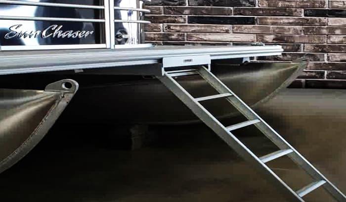 ladders-for-pontoon-boat
