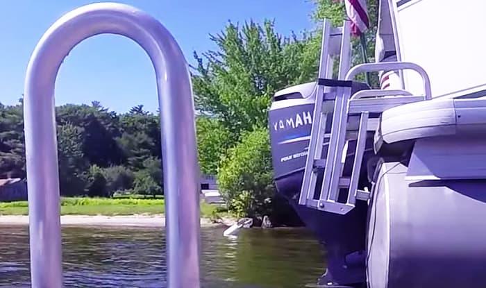 swim-ladder-for-pontoon-boat