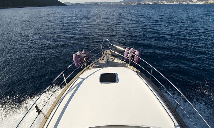 What-is-the-best-boat-deck-cleaner