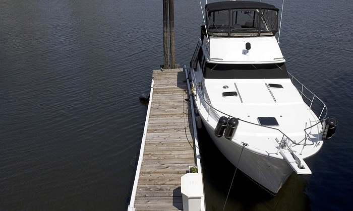 What-is-the-best-cleaner-for-a-fiberglass-boat