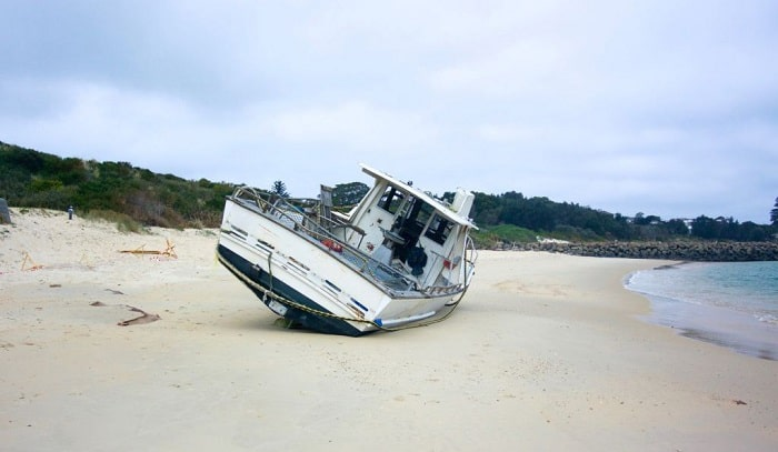 ep-5-what-should-you-do-first-if-your-boat-runs-aground