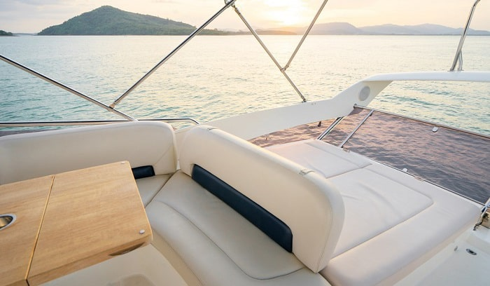 reupholster-boat-seats-cost